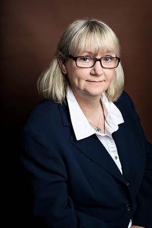 Jennifer Lovett accountant Barrie Avard Lindsay Holmberg